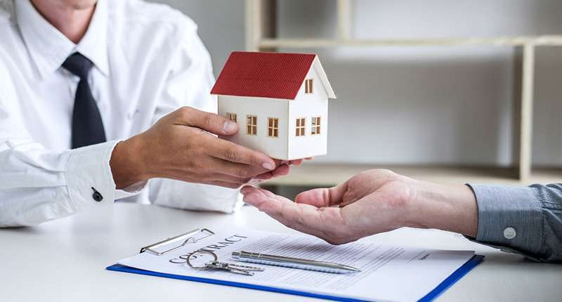 Why do you need a property consultant and how they can help you?
